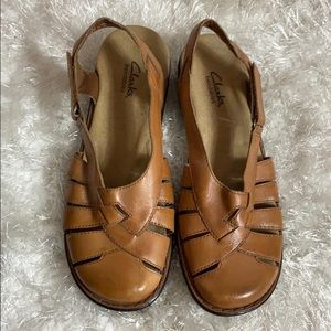 Clark Bendables  Leather Sandal